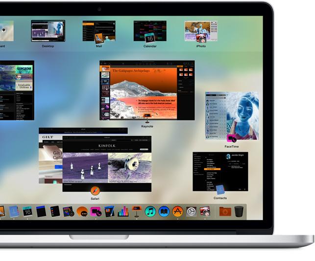 MacBook Pro mostrando as cores da tela inversas para facilitar a leitura.