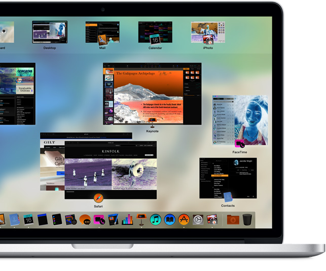 MacBook Pro con los colores de la pantalla invertidos para mejorar la legibilidad.