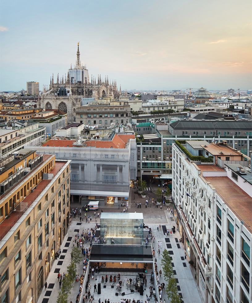 Aerial view of Apple Piazza Liberty and surrounding buildings, including the Milan Cathedral.