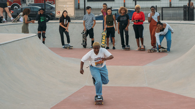 A portrait of Chicago's froSkate community.