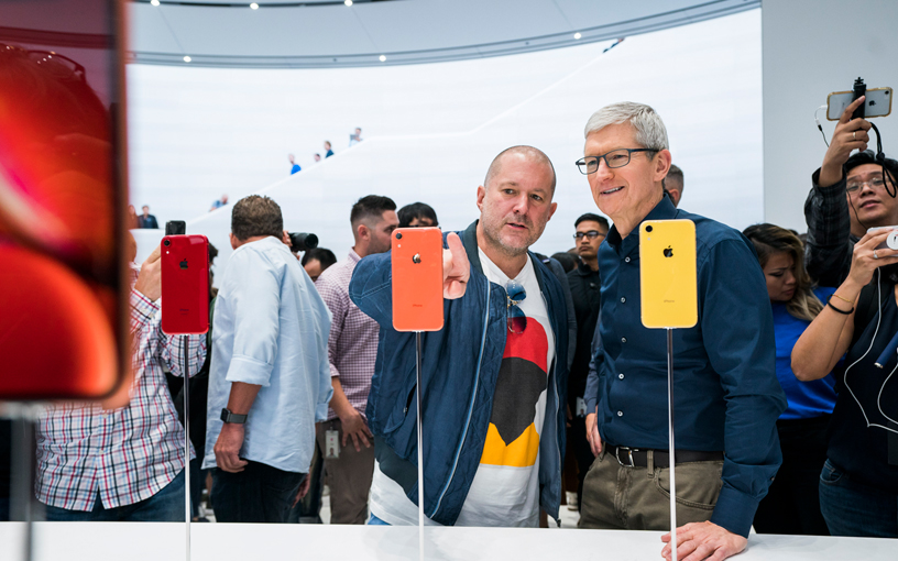 Jony Ive and Tim Cook at Apple Park.