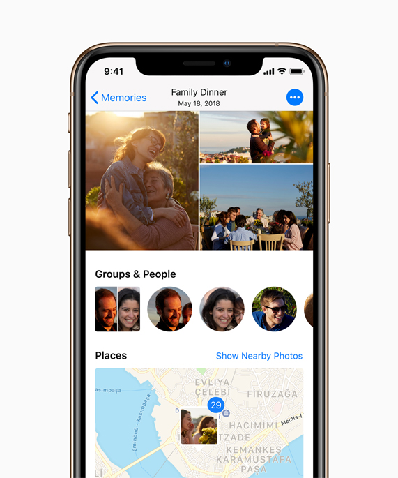 iPhone Xs showing photos.