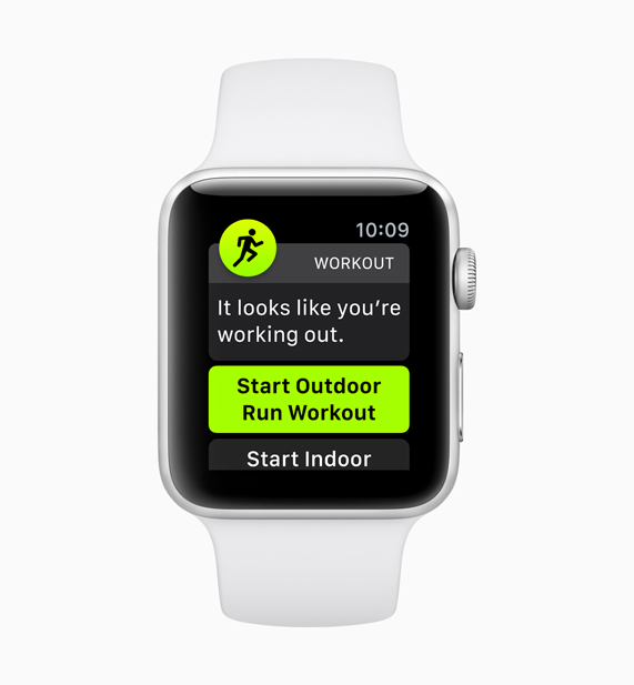 Apple Watch demonstrating the new auto-workout detection feature start screen